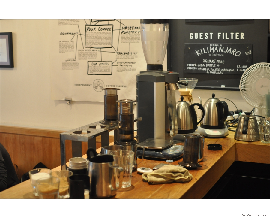 And beneath the menu, the brew bar, dedicated to the Aeropress.