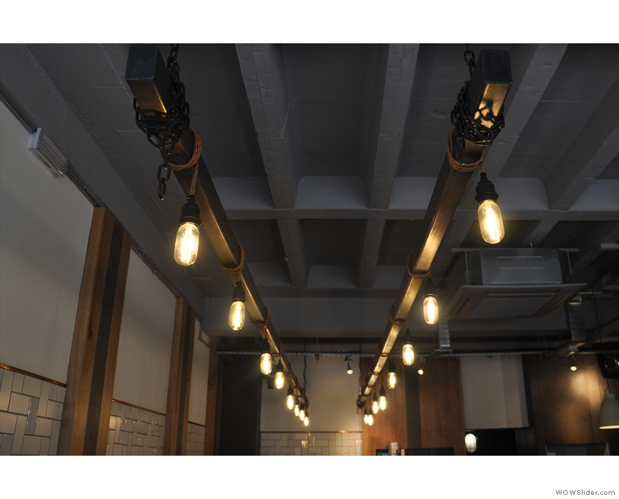 In other news, I was still as fascinated by the lights, including these two rows of bulbs...
