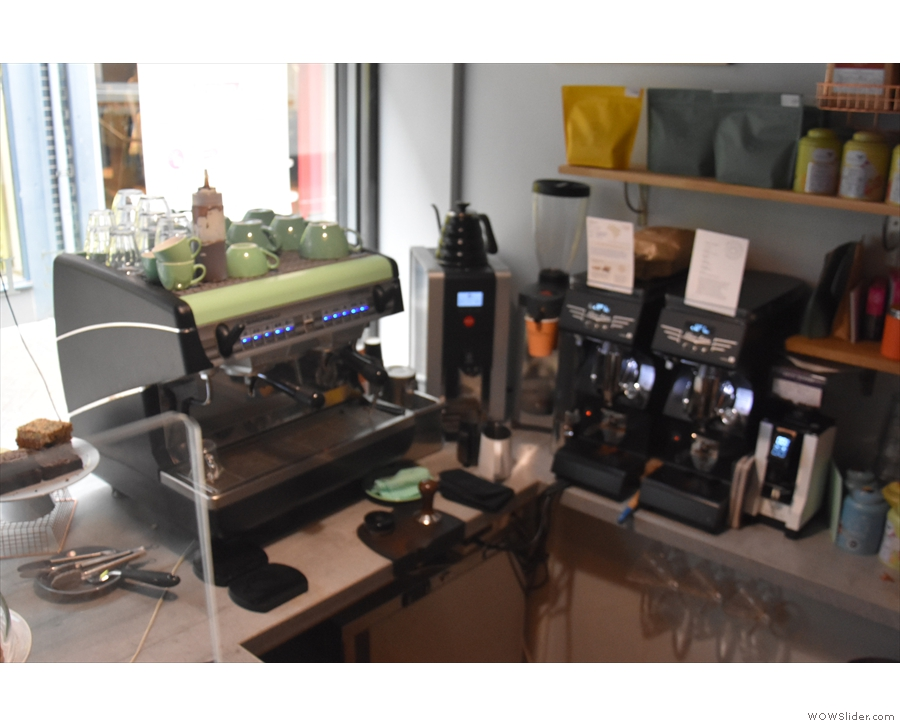 ... a lovely, compact affair, with the espresso machine and grinders at the front.