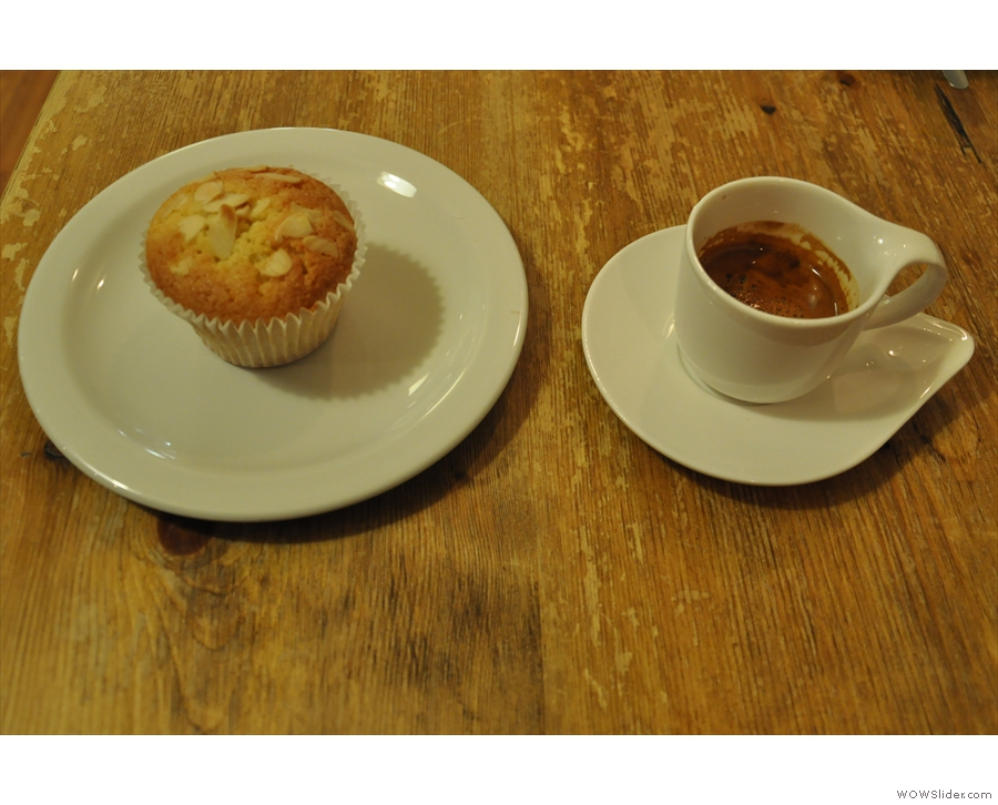 Financier and espresso: the perfect pairing :-)