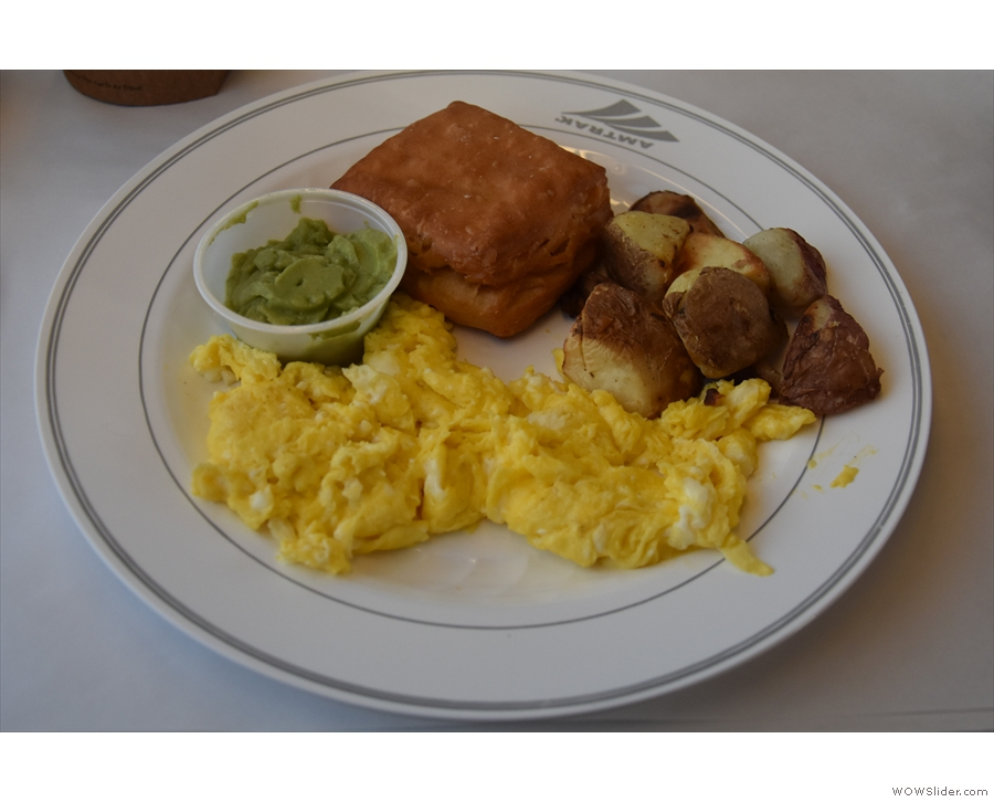 I had scrambled egg for breakfast, with potatoes, guacamole and a square croissant!
