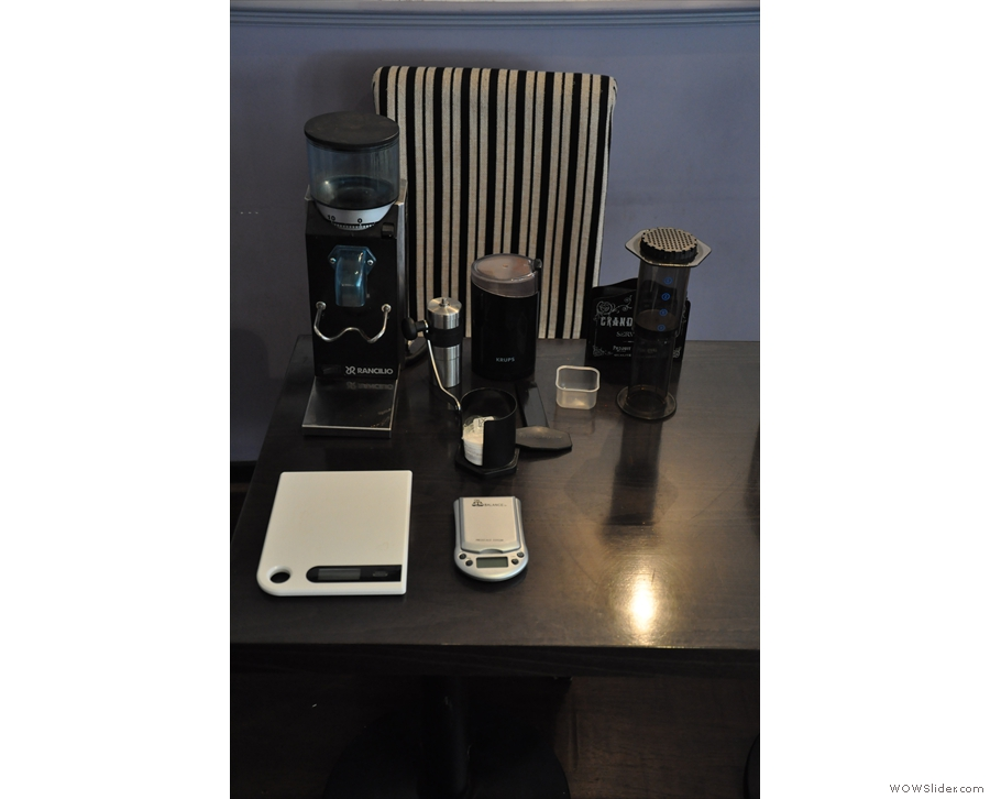 I, in the meantime, had brought along my grinder, Rocky, my scales & Aeropress!