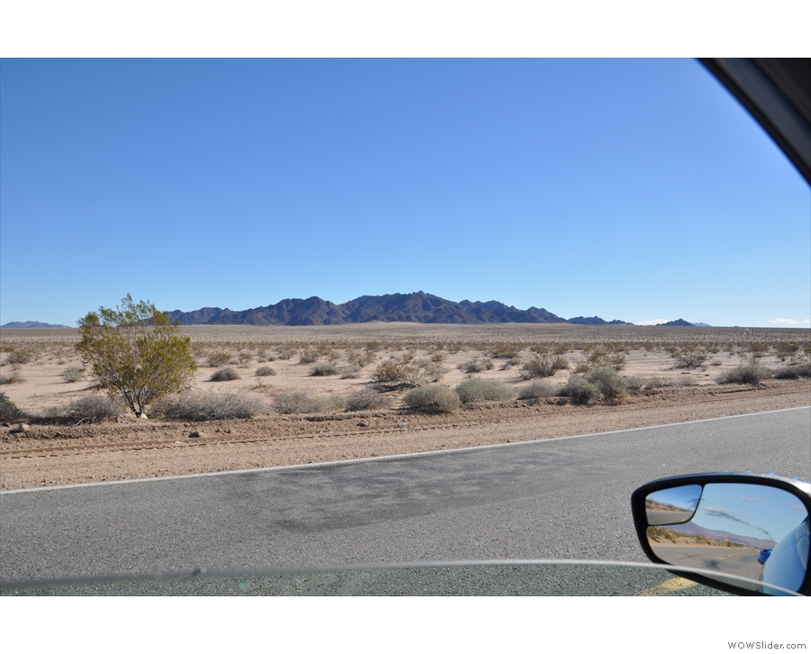 Back on the road and more mountains to the south of SR 62.