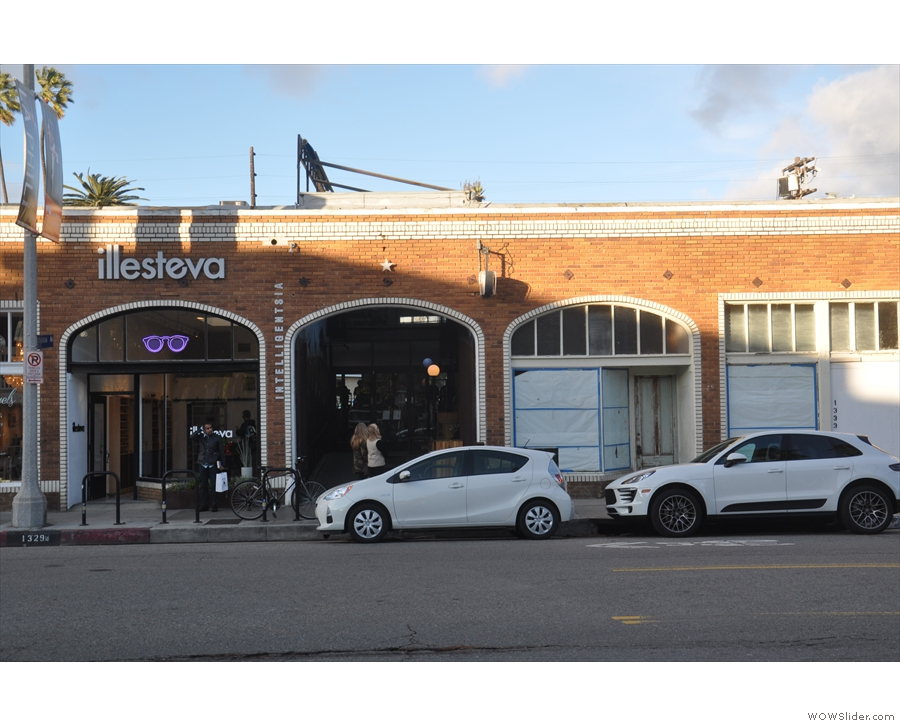 ... where I visited the Venice Beach Intelligentsia for coffee.