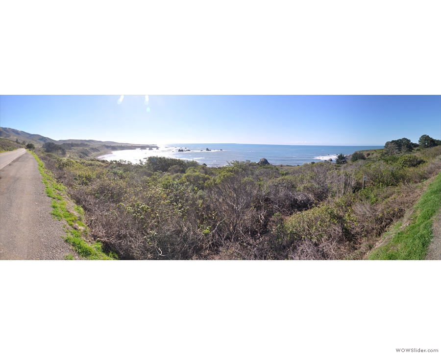 This, meanwhile, is a 180° panorama of the whole bay from south (left) to north (right).