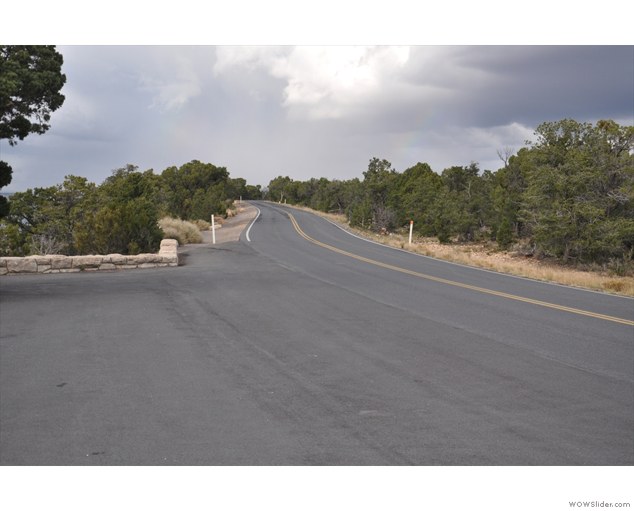 ... while others are also pullouts from Hermit Road, which runs parallel to the Rim Trail.