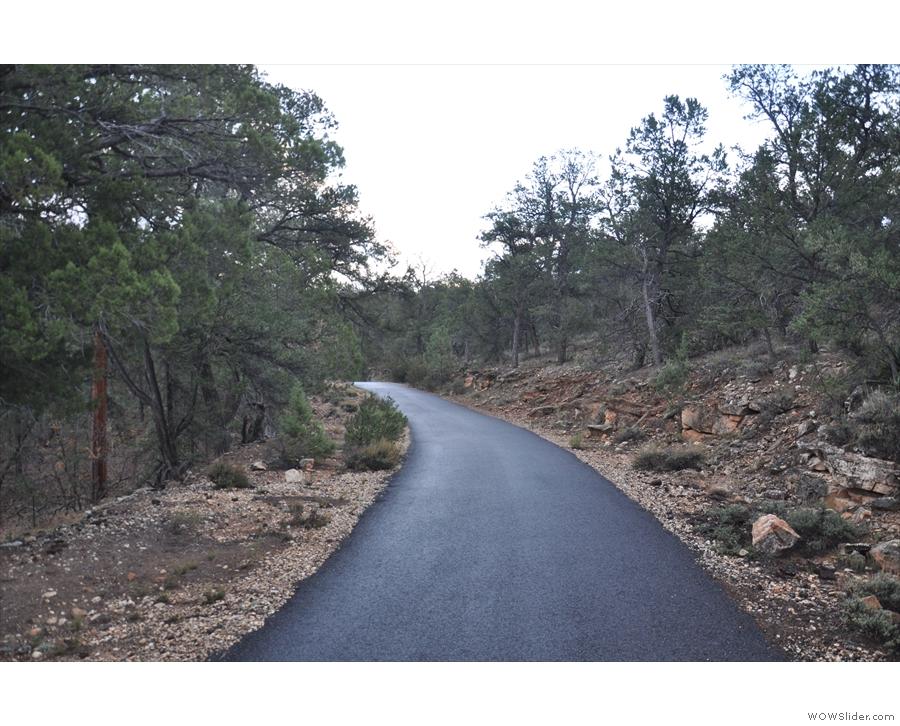 I was making good progress along the Rim Trail on my way to Pima Point.