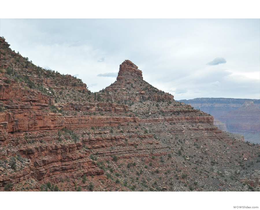 I still can't get enough of that sandstone ridge.