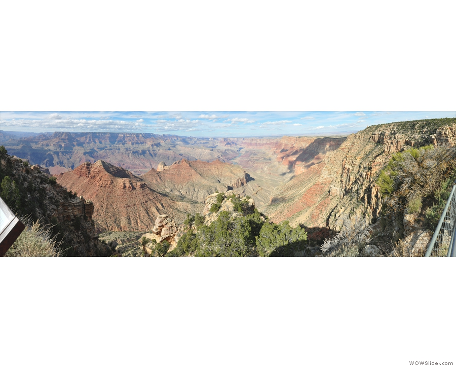 A panorama from Navajo Point, looking north. The Colorado River flows down from the top of the picture before turning to flow west through the Grand Canyon.