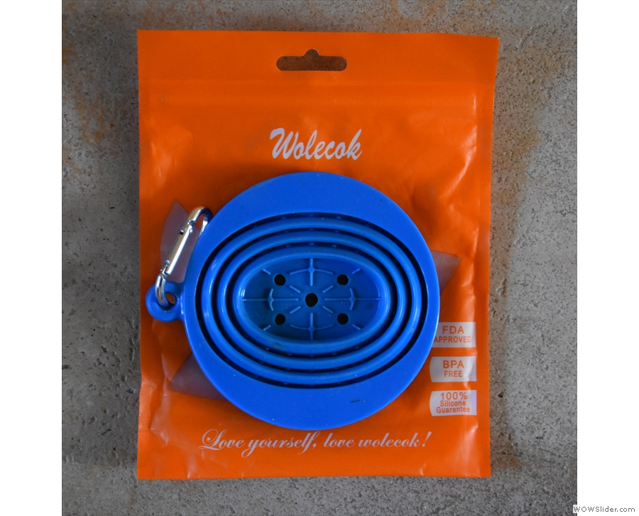 My collapsible silicone coffee filter from Wolecok.