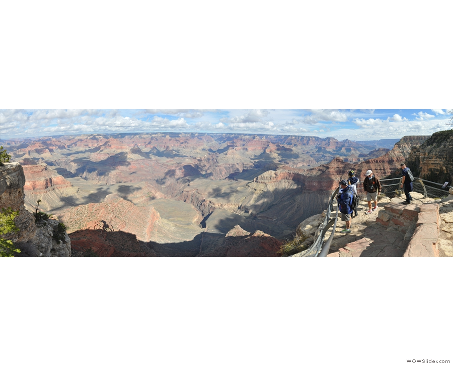 ... panoramic view of the Grand Canyon.
