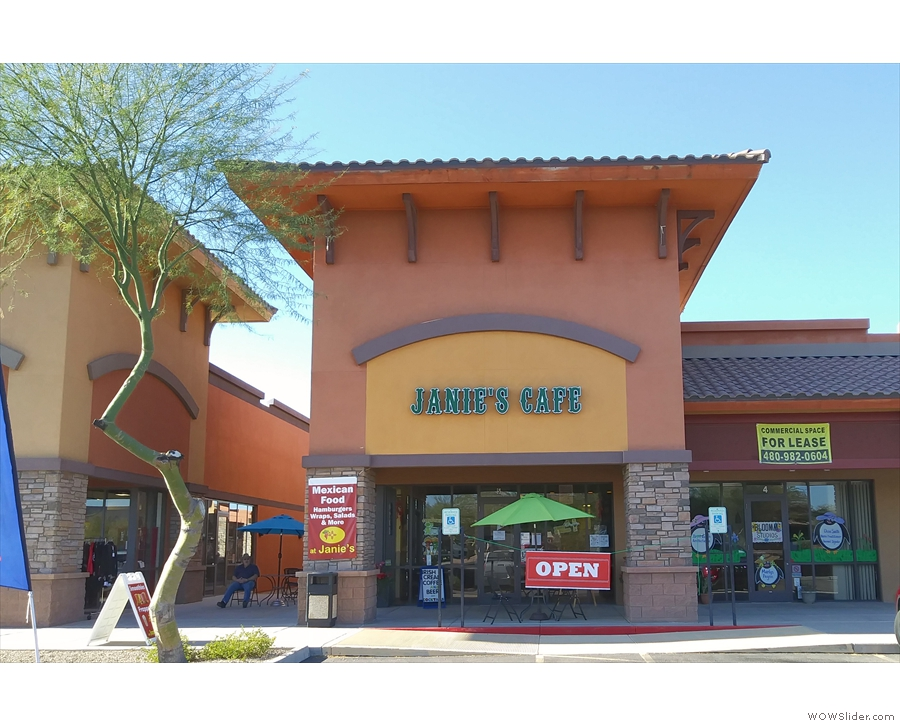 I was only going as far as Apache Junction, stopping just before I got there for lunch...