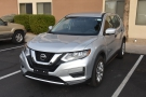 My ride for this trip, a Nissan Rogue, sitting outside my hotel in Scottsdale.