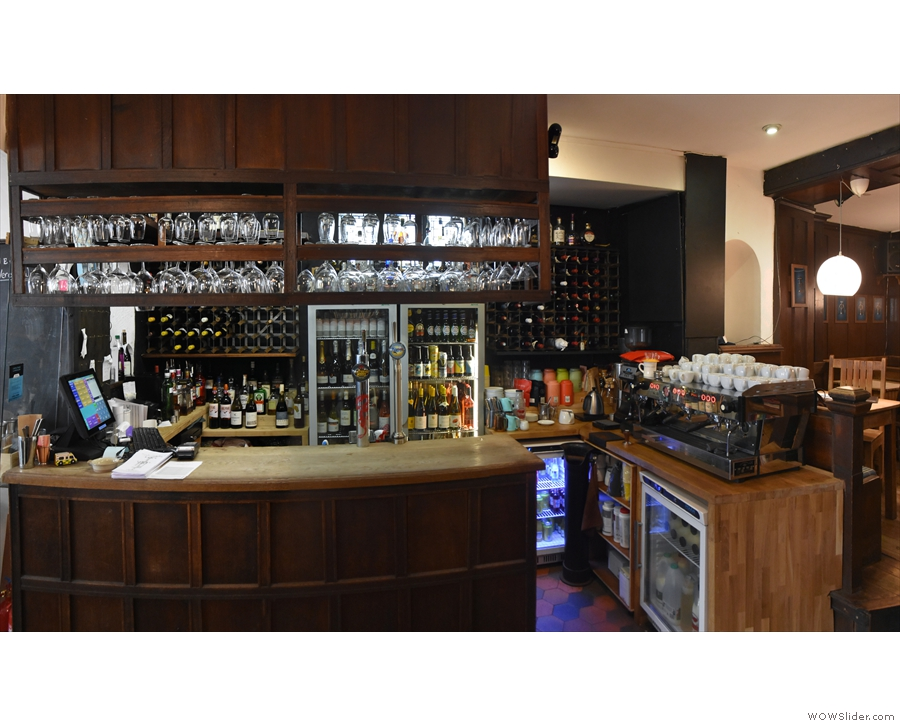 ... which is home to the bar (and espresso machine) on the left...