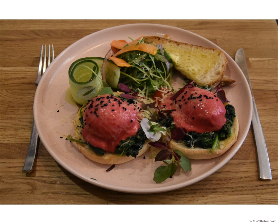 I visted twice, first for breakfast, when I had the Eggs Florentine. Interesting colour!