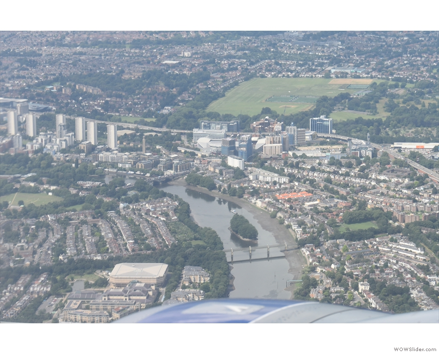 ... and here, a little further on, the Kew Railway Bridge, with Kew Bridge beyond.