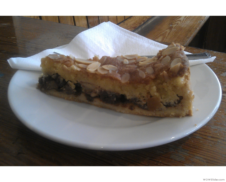 Did I mention that Wild & Wood does cake? A slice of Bakewell Tart in this instance.