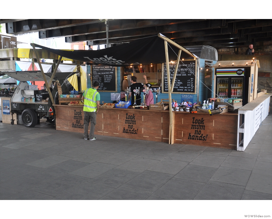 The set-up is worth a second look: a stand-up bar on the right, seperate chiller cabinet for the soft drinks, taps for the beer, trailer-mounted espresso machine! This is some set-up...