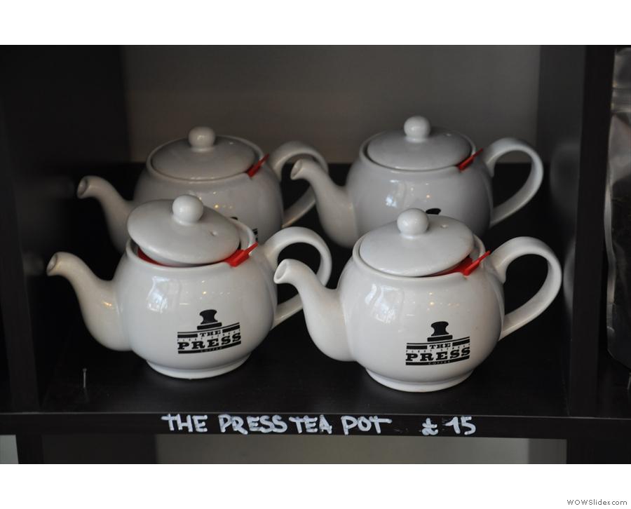 ... nice tea pots too!