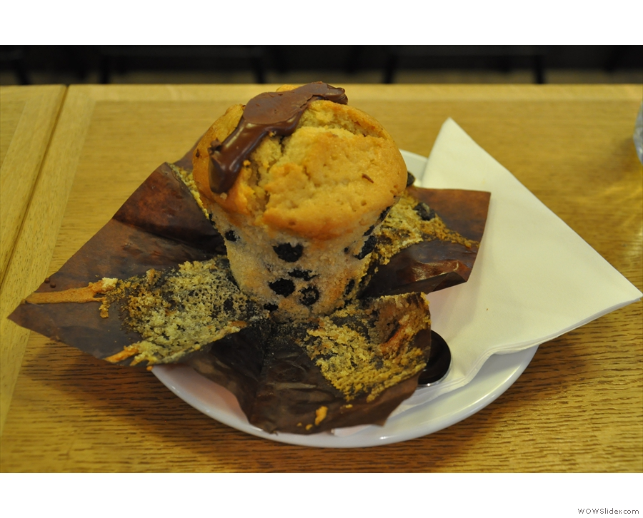 The muffin deserves a closer look... It's approaching Foxcroft & Ginger standards.