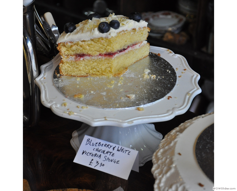 Here are some of the highlights: blueberry & white chocolate Victoria sponge for example.