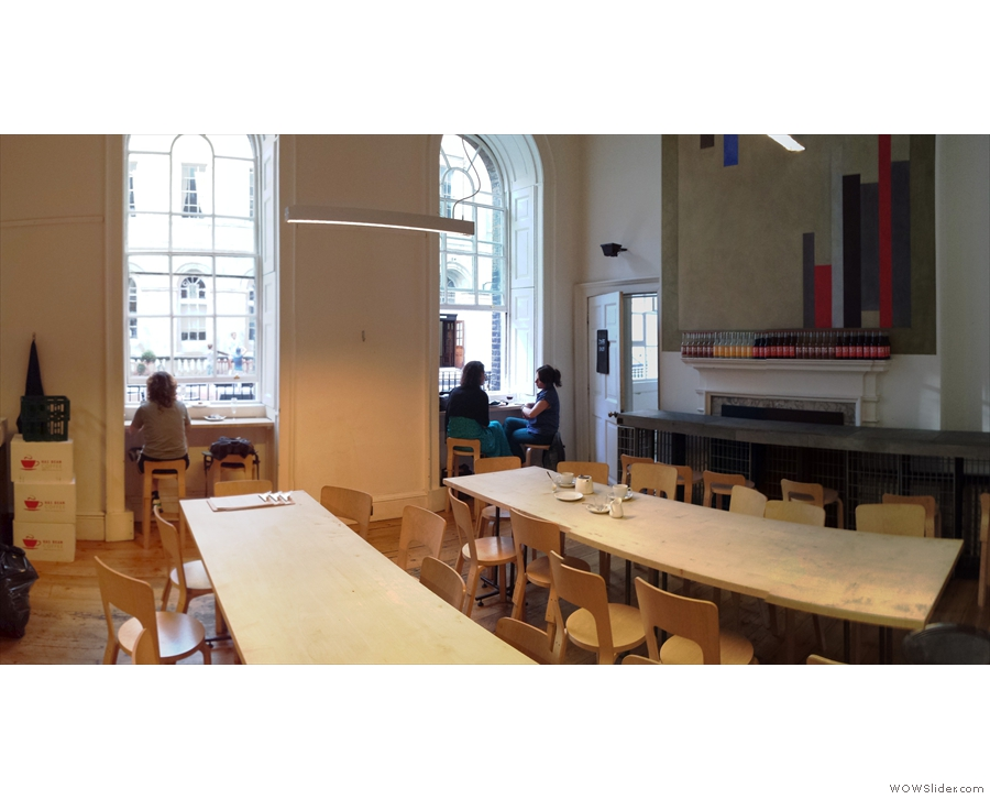Turning around, a panoramic view of the third room from the other door.
