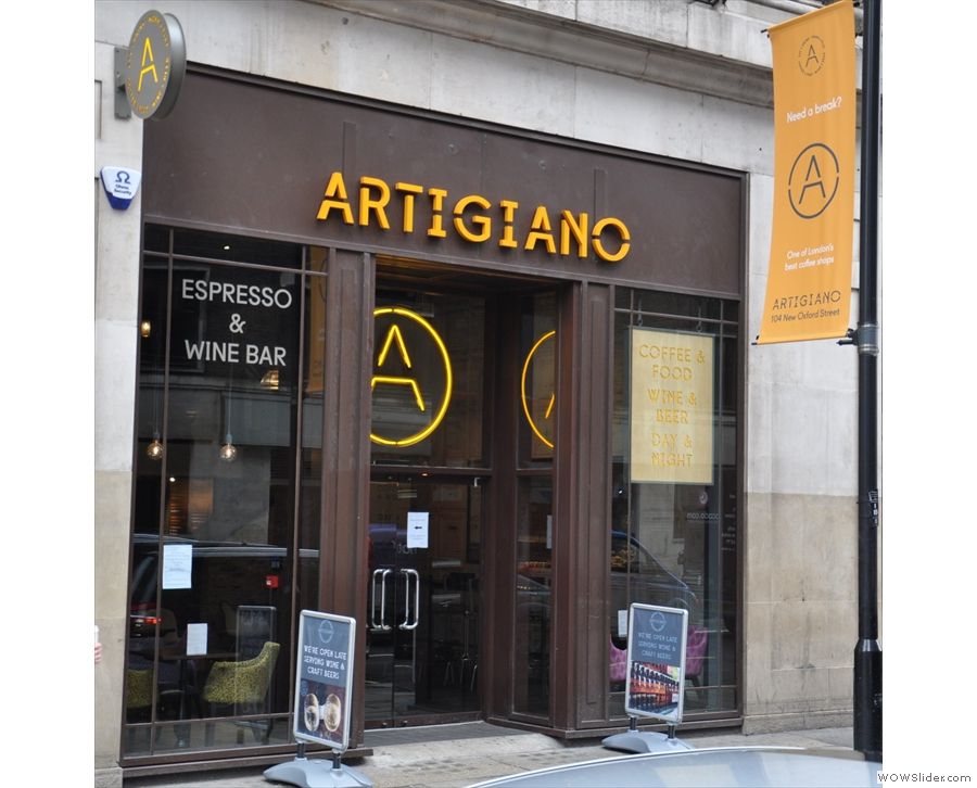 Now sadly closed, the New Oxford Street branch was the most elegant Artigiano Espresso.