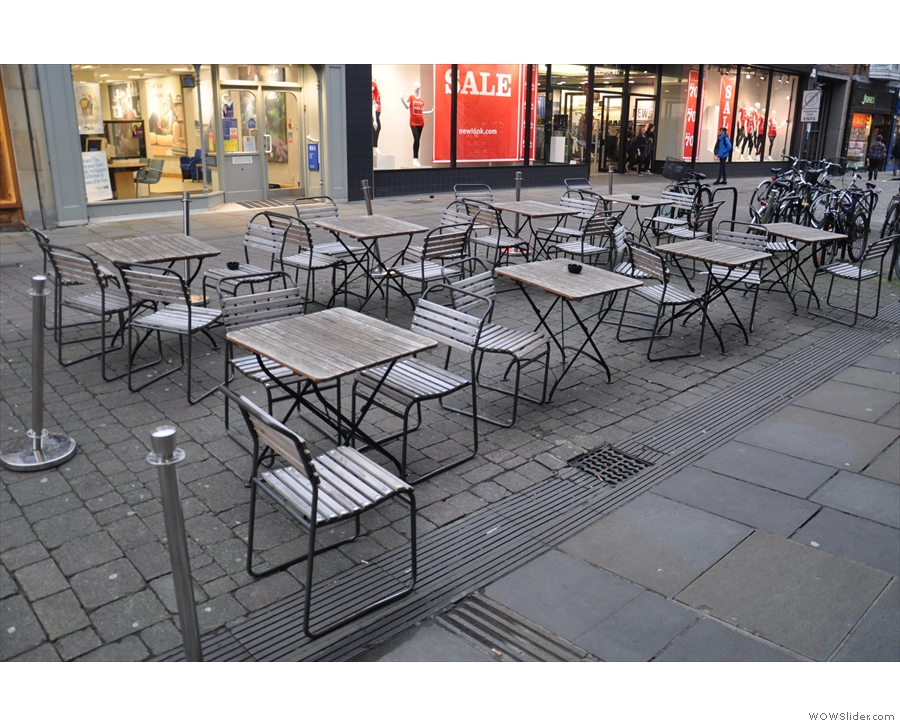 Outside seating, anyone? No? Looks like January is not the month for it!