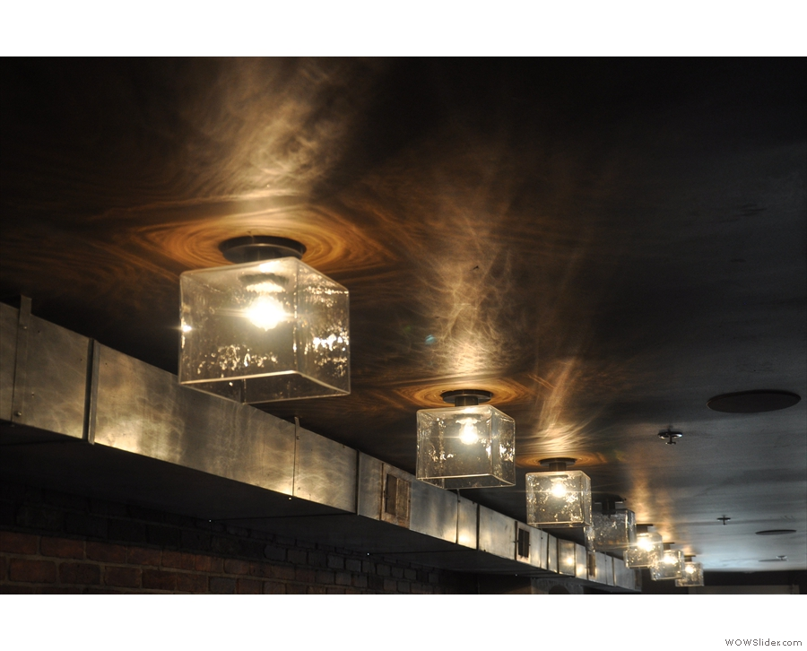 The amazing light fittings and the wonderful reflections they cast on the ceiling.