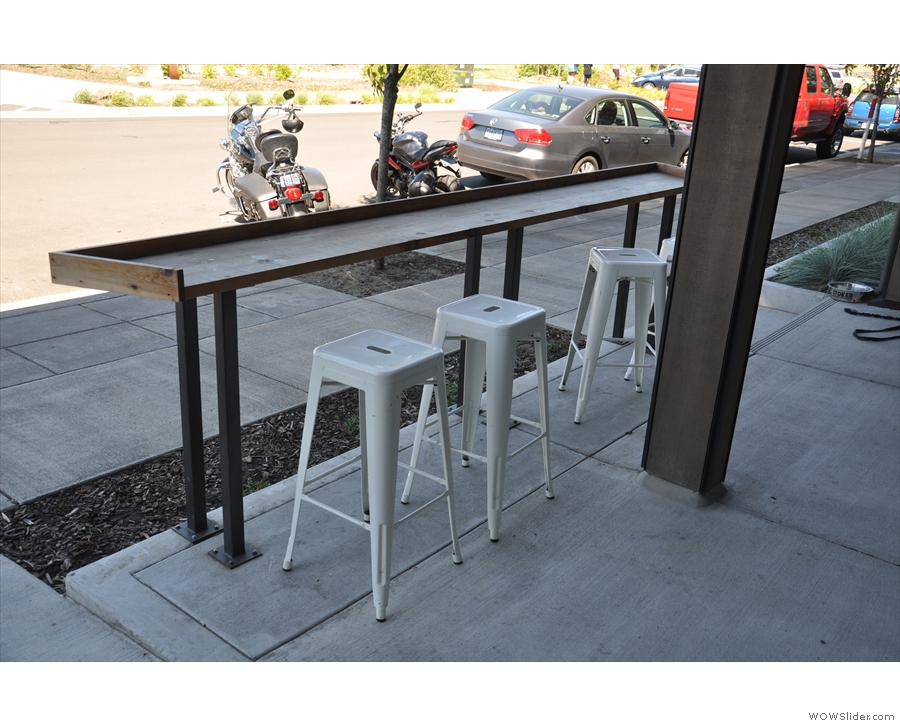 An alternative view of the outdoor seating, as seen from the door of Stoked.