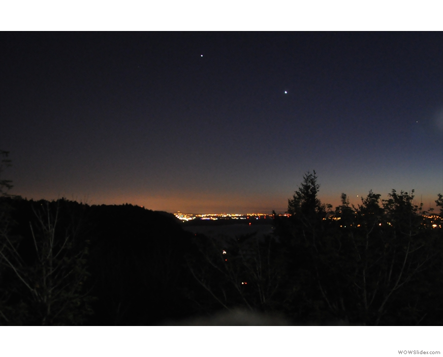 I stopped at the Vista House on my return to watch the sun's dying light behind Portland.