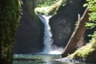 The upper falls in detail.
