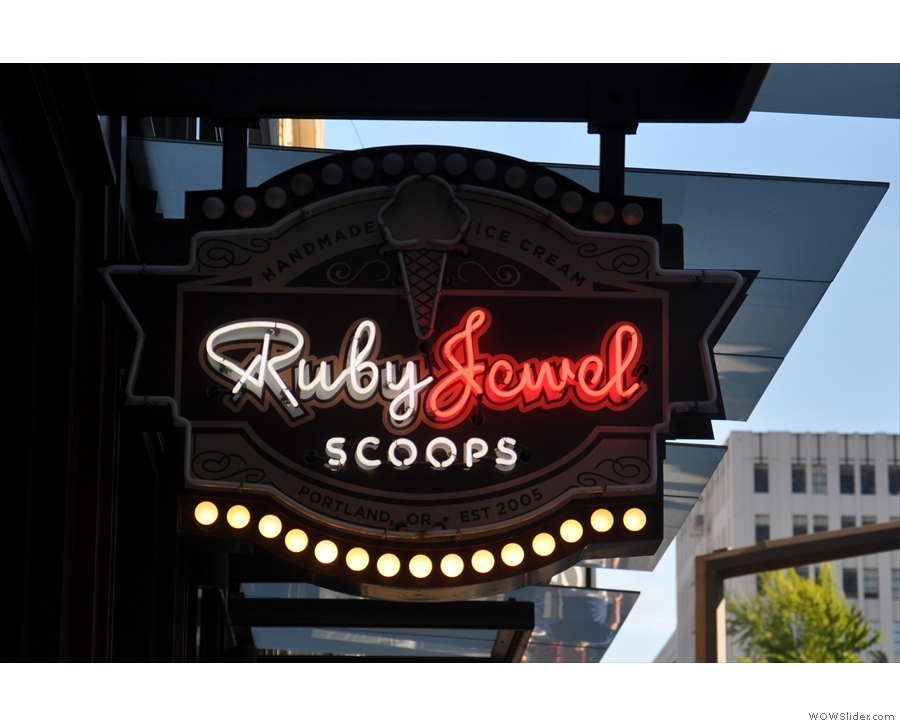 Back in the city centre, it's time for ice cream at the lovely Ruby Jewel.