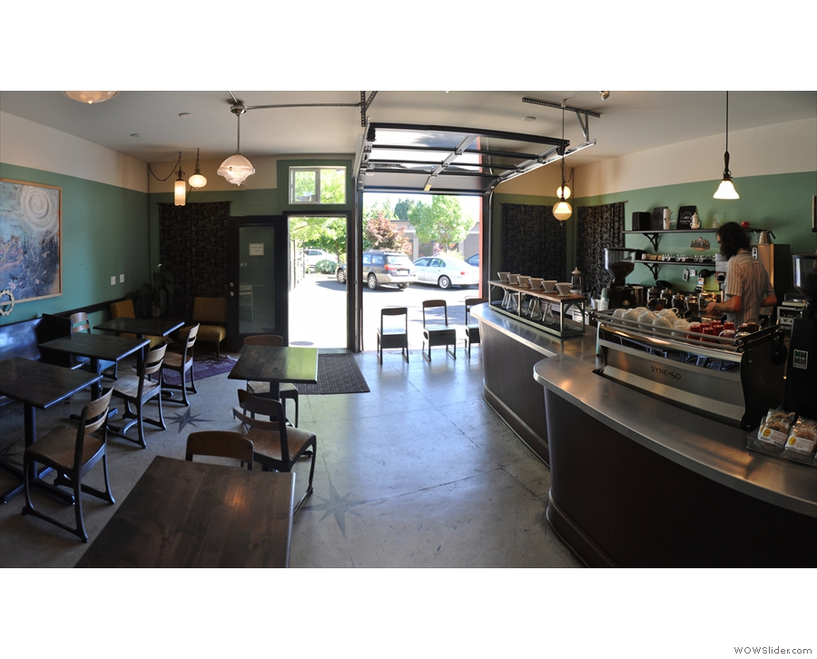 And finally, the shady, friendly, neighbourhood Extracto Coffee Roasters in Portland Village...