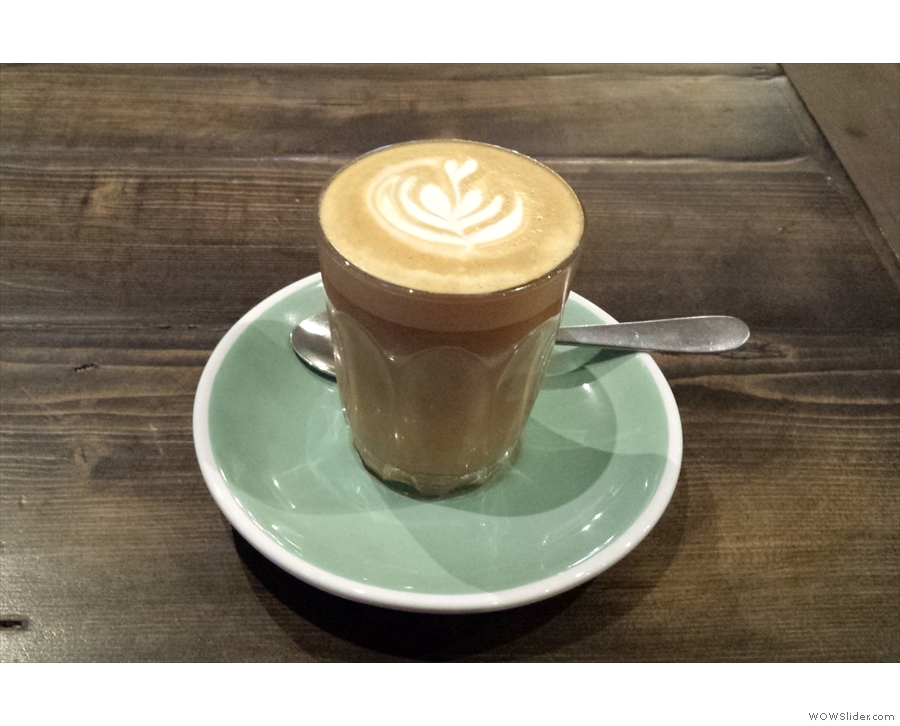 I tried a Cortado of the house-blend (Brazilian Love Affair)...