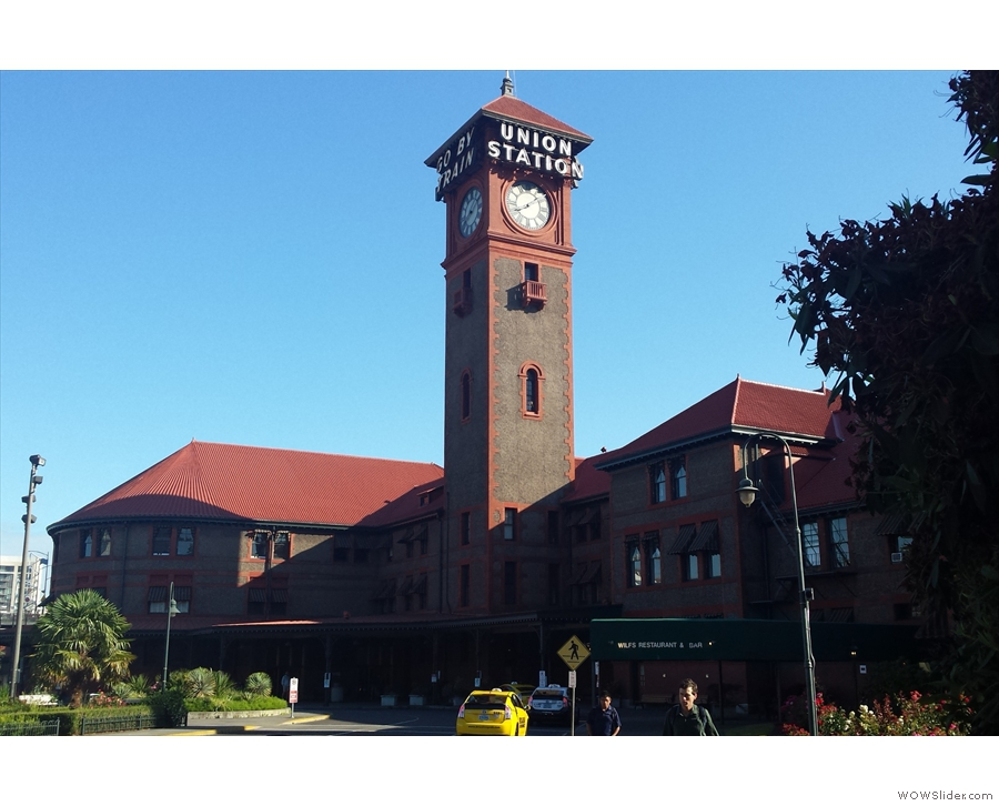 Back at Portland's Union Station, but this time to say goodbye & catch my train to Seattle.