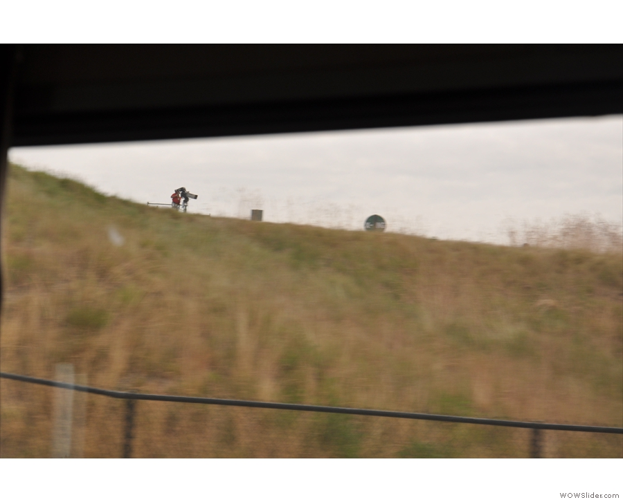 Suddenly, on the other side of the train, people started getting very excited, but by what? A game of golf? Ah, I see, it's the US Open, which was being held at Chambers Bay golf course.