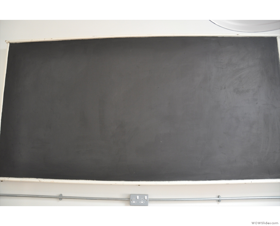 Talking of artwork, this blackboard is dying for something to be drawn on it.