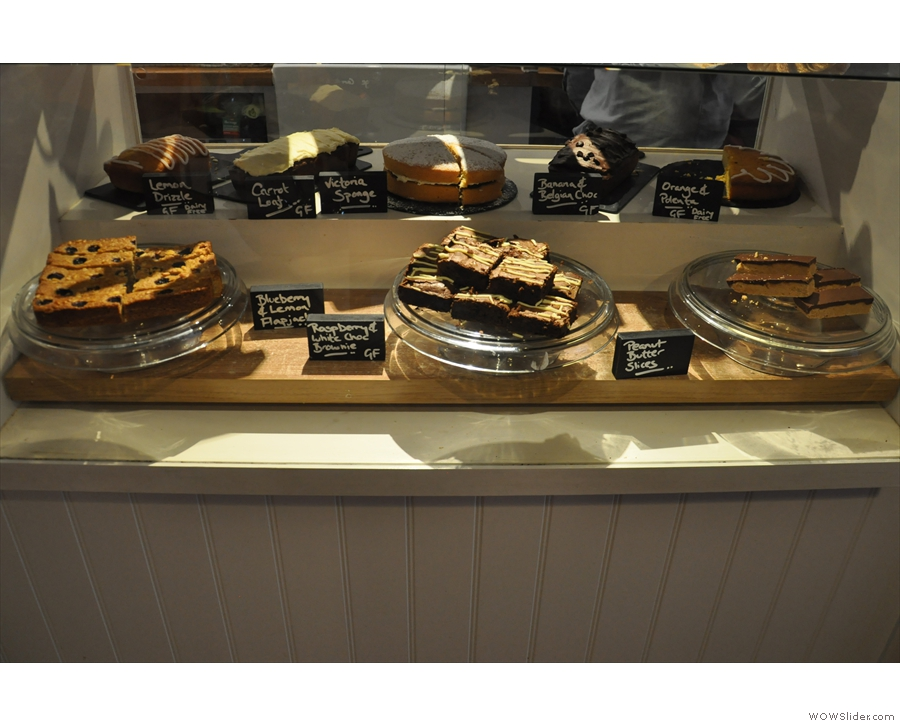 Meanwhile, down below, and safely behind glass, are even more cakes!