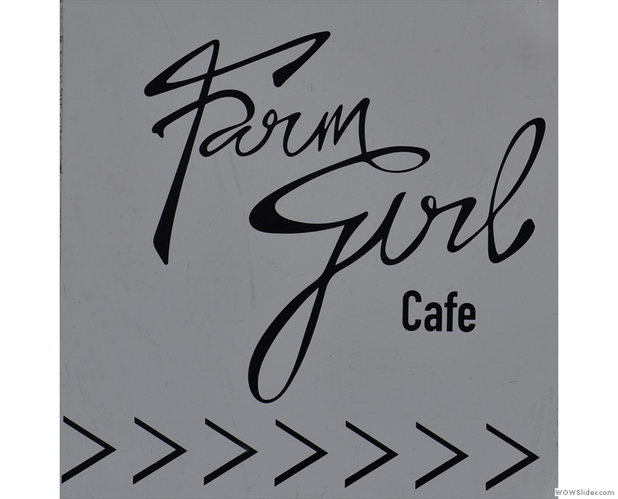 Notting Hill's Farm Girl Cafe, tucked away in a litte courtyard off Portobello Road.