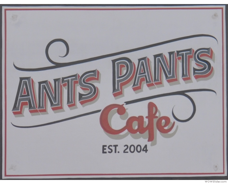 Ants Pants, where I had my traditional breakfast, Eggs Florentine, this time for lunch.