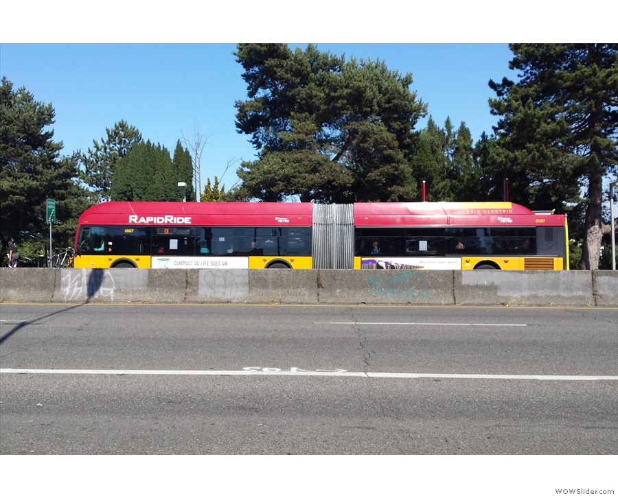 ... and back to Hwy 99 for the RapidRide Route E to take me right into downtown Seattle.