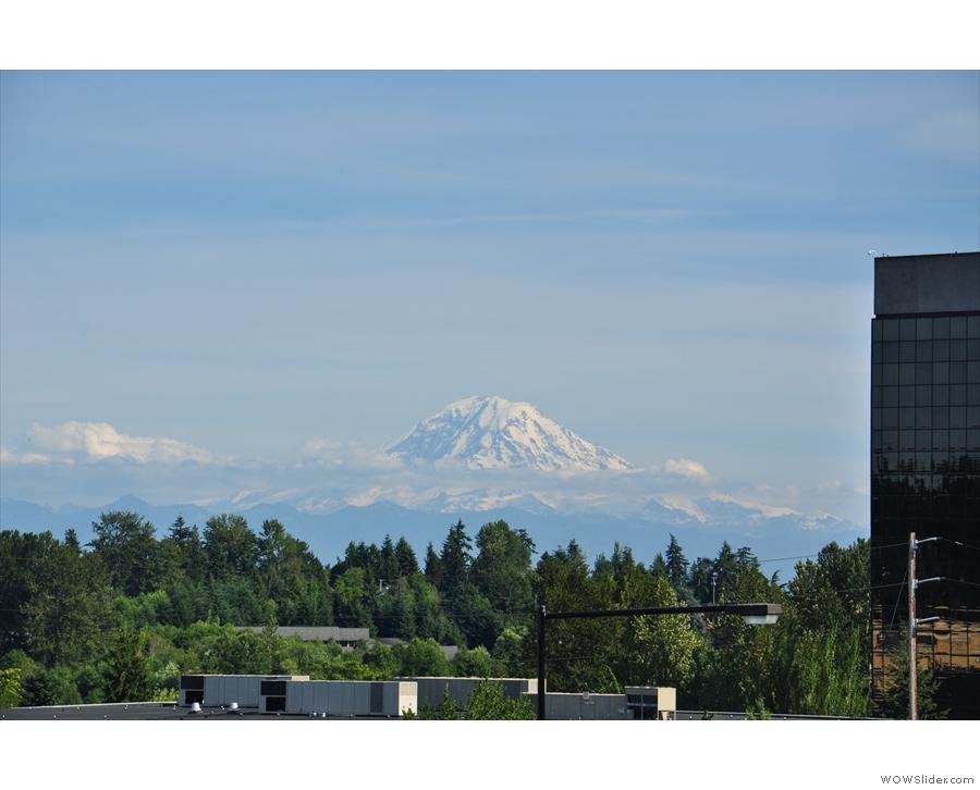 ... where I had one last look at the amazing Mount Rainier.