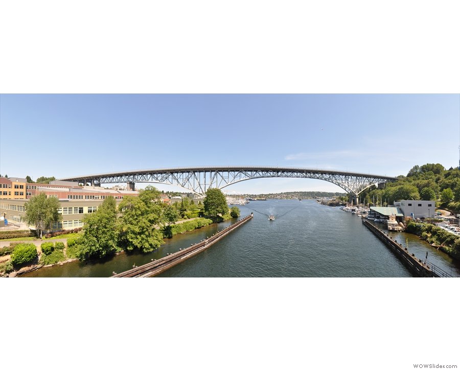 It also offers an amazing view of the Aurora Bridge as it soars over the Fremont Cut.