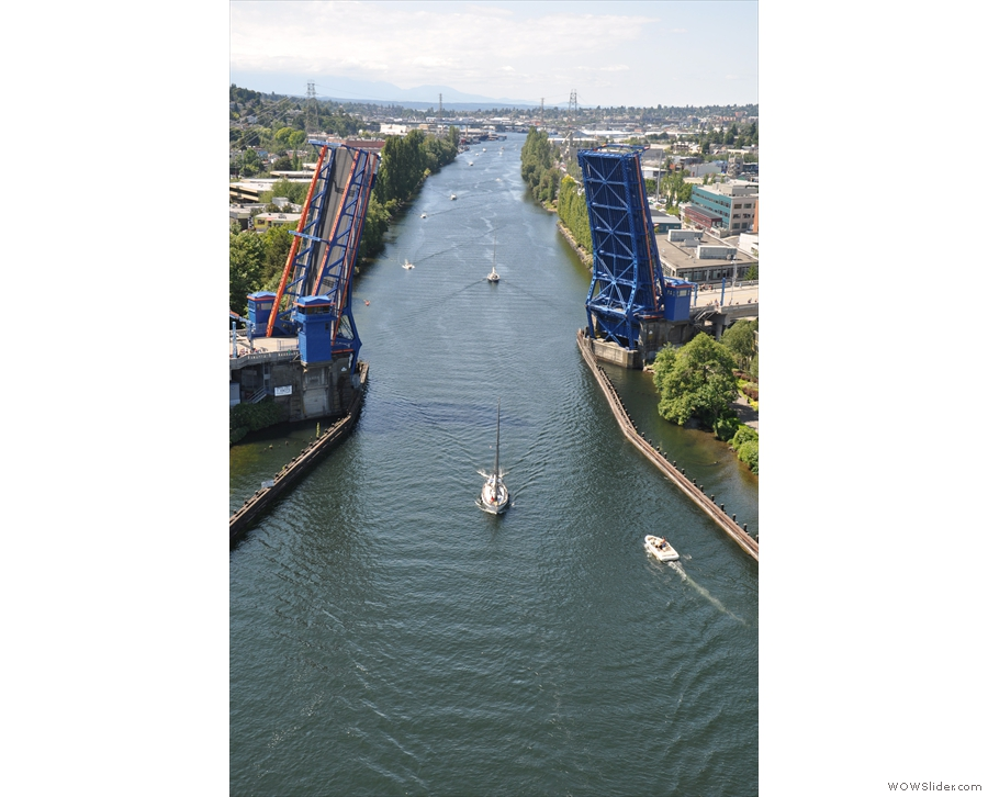 I can see why it's called the 'Cut' (it's part of the Lake Washington Ship Canal).