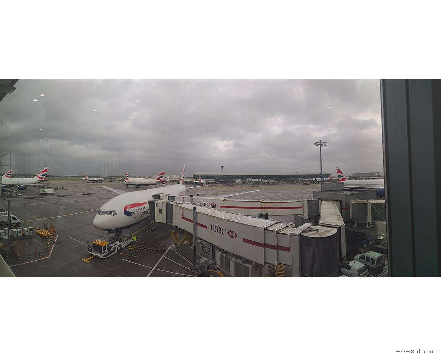 Welcome to Heathrow, T5. Transfer was a breeze, so I had lots of time at the gate.