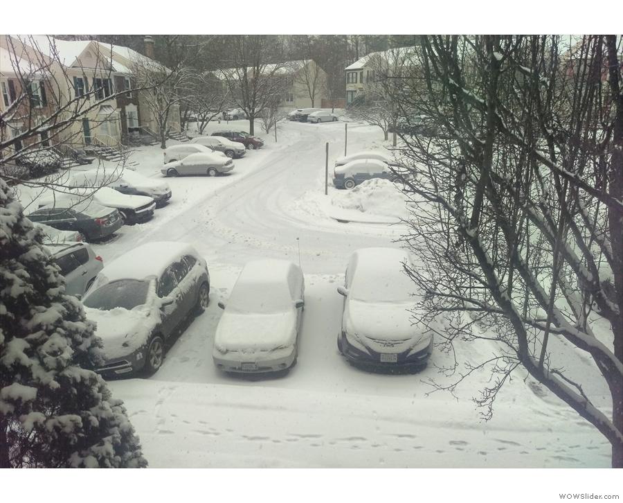 ... accompanied by a very pretty 15cm blanket of snow.