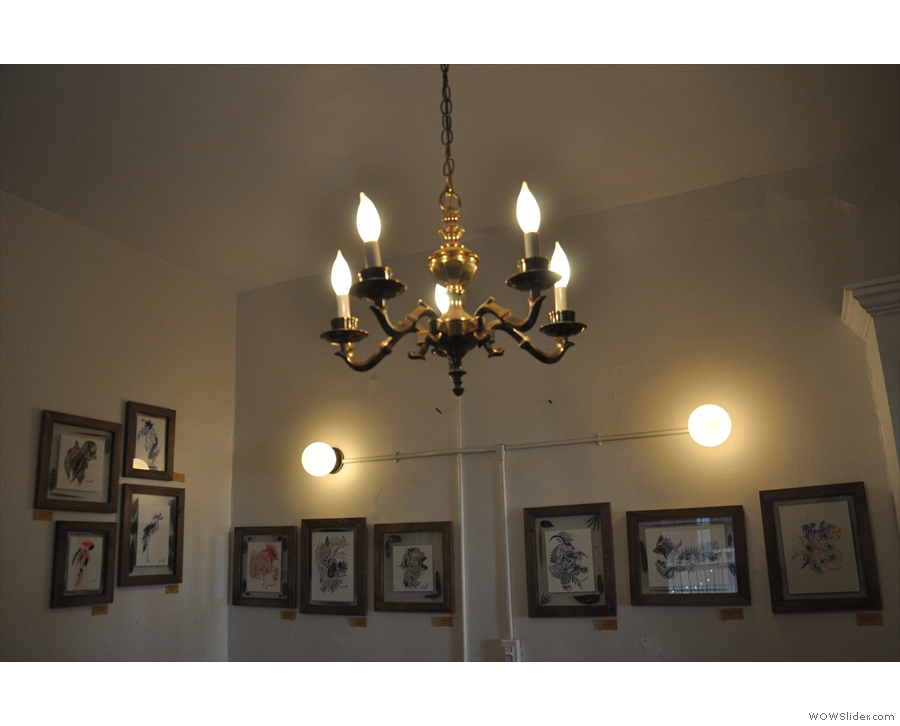 Talking of decor/lighting, a highlight in the back room is the lovely chandelier.
