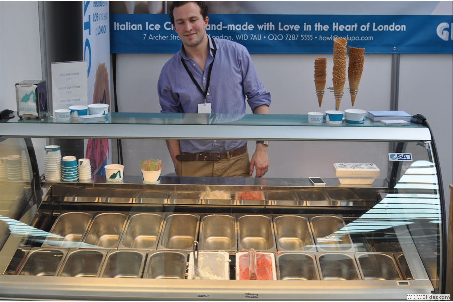 Simon at the Gelupo stand had a really successful Coffee Festival. The poor man only had two flavours left!