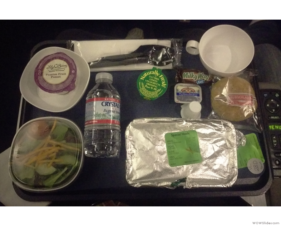 It was a very fast, uneventful and unphotogenic flight back to the UK. Here's my dinner.